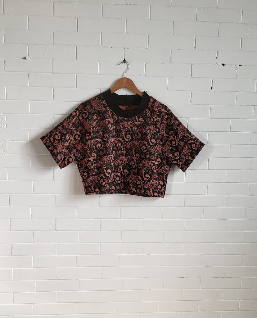 Raglan Crop, Red Jacquard