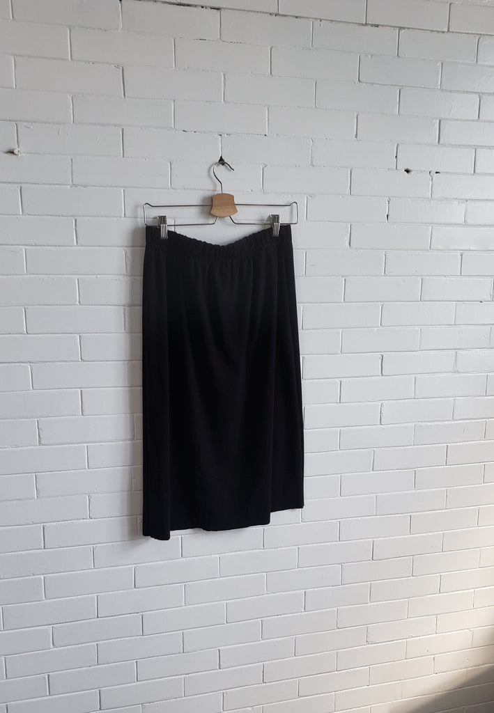 Simple Skirt, Black
