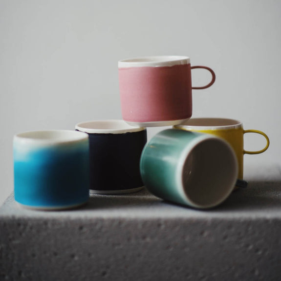 Coffee cup Pink - By To komma Fire Kvadrat