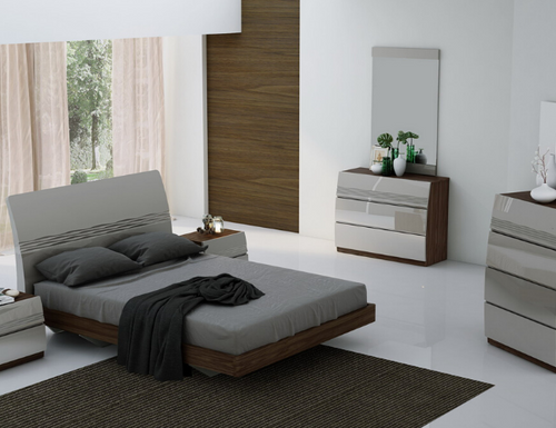 Vigor 8-Piece Bedroom Set