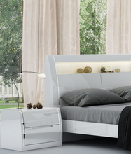 Load image into Gallery viewer, Phoebe 8-Piece Bedroom Set