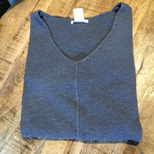 Load image into Gallery viewer, Avalin Seed Stitch Sweater