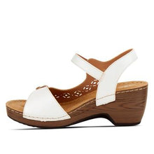Load image into Gallery viewer, Shantay White Sandal