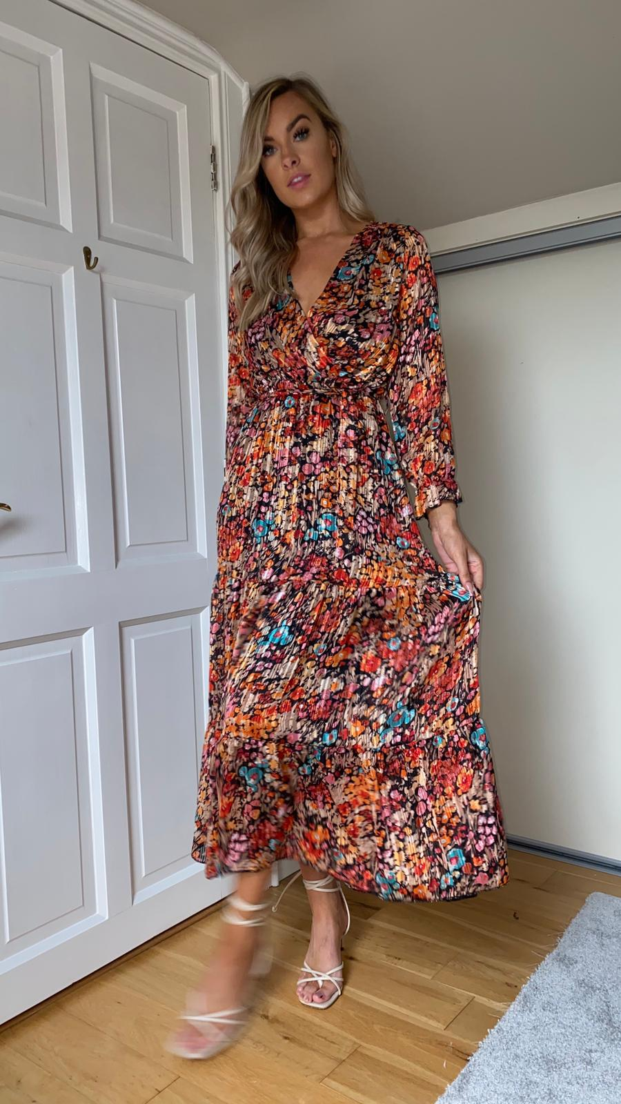 Nancy Floral Dress - Black