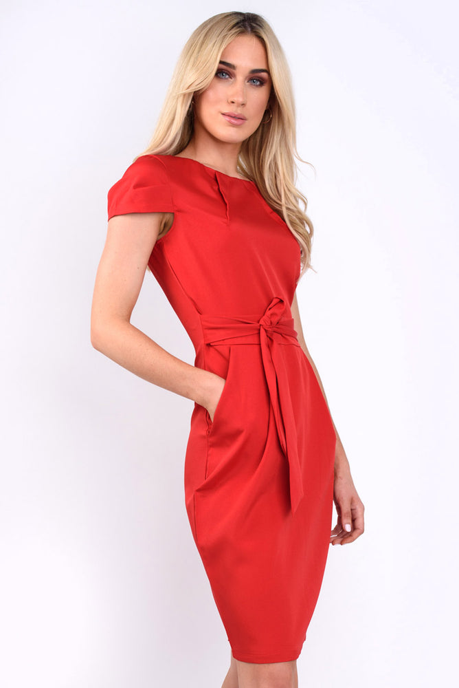 Anna cap sleeve tie back Dress - red