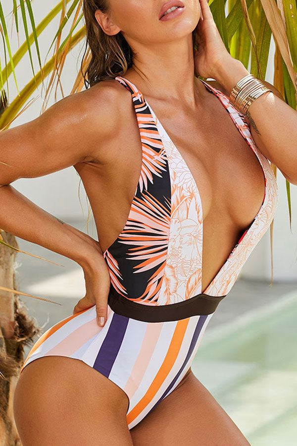 Striped Feminine One Piece Swimwear