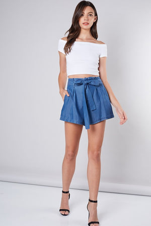 Closing in Tie Denim Shorts