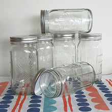 Load image into Gallery viewer, Glass 1 Ltr Vintage Design Utility Jars