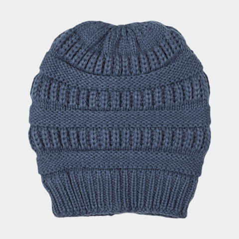 CABLE KNIT BEAN HAT BLUE