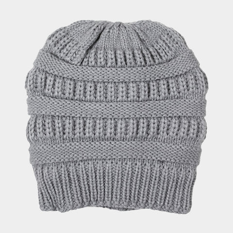 CABLE KNIT BEAN HAT GREY