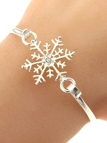 SNOWFLAKE HOOK BANGLE BRACELET