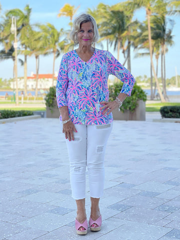 PINK PALM BEACH V-NECK TOP