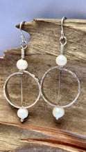 Load image into Gallery viewer, Silver and pearl circle earrings