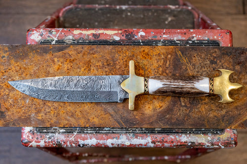 Bowie Knife- Deer Horn and Damascus Steel