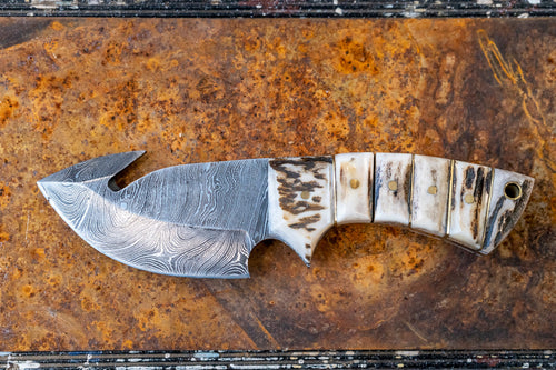 Skinner Knife- Stag horn and Damascus Steel
