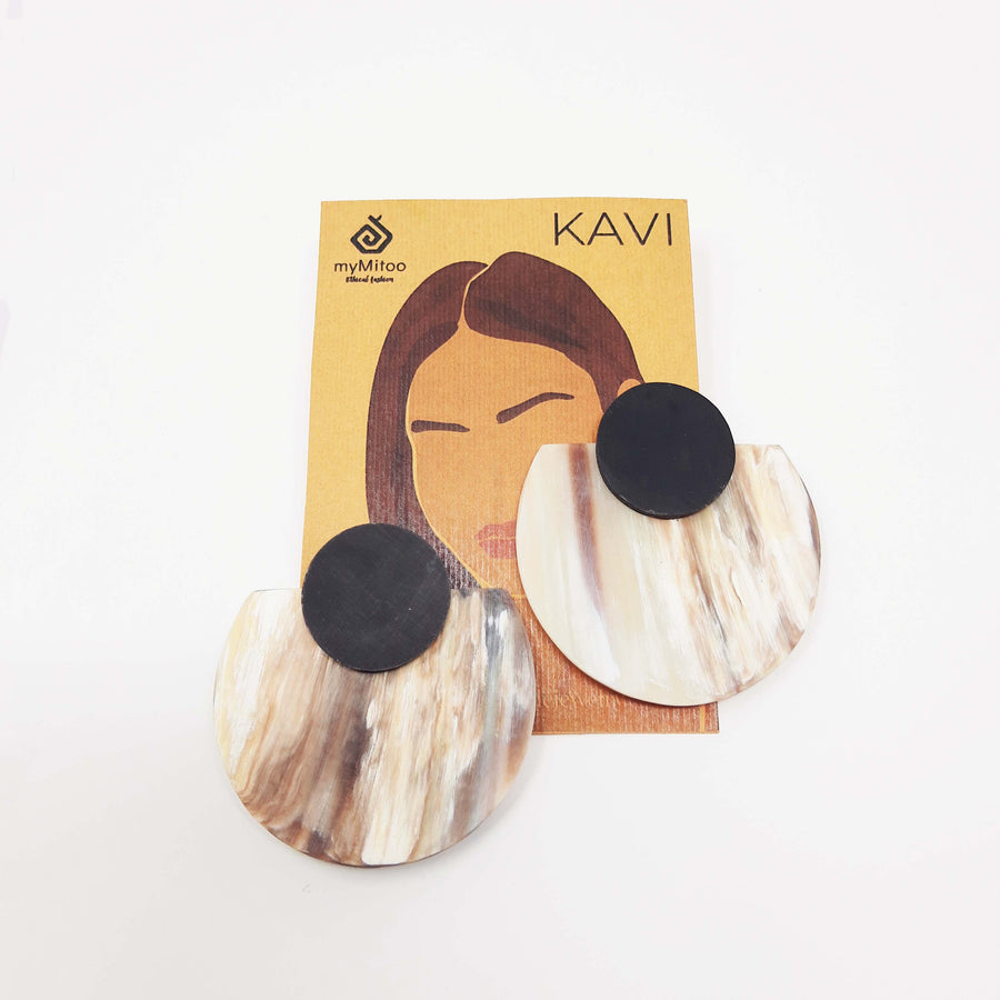 statement earrings made of upcycled zebu horn in the color ivory marble and black