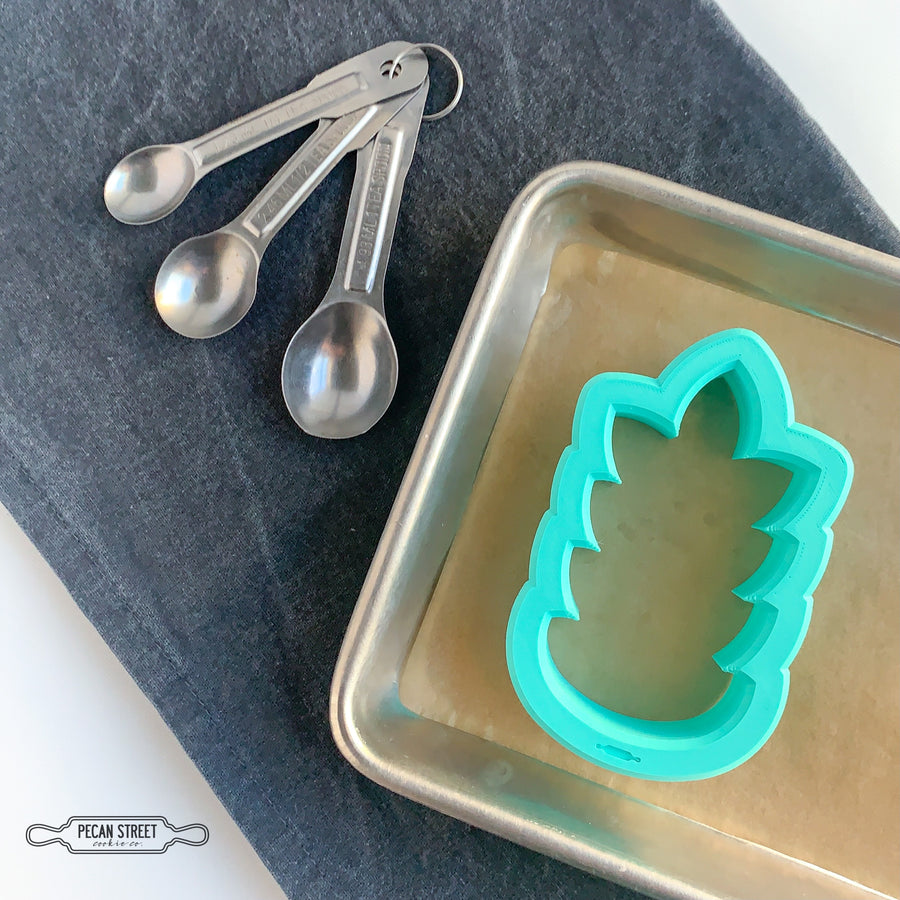 Symmetrical Leaf Cookie Cutter