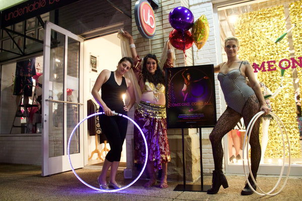 Undeniable Boutique Performance Artists Fashion's Night Out Fairfax