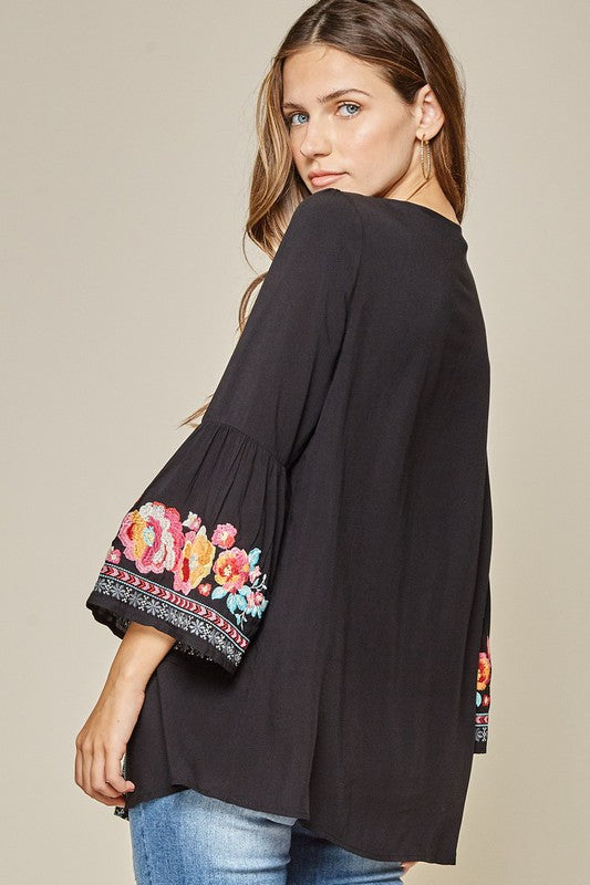LAST CALL SIZE M | Black Embroidered Top