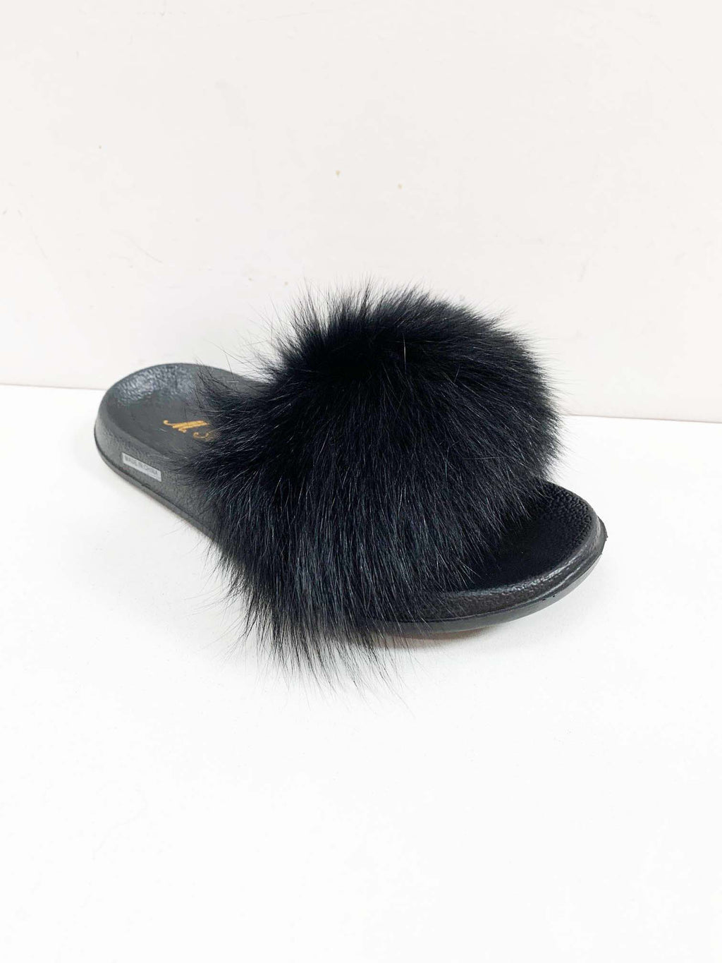 LAST CALL SIZE 8 | Fluffy Faux Fur Slipper Sandals in Black