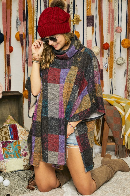 LAST CALL SIZE S/M | Multicolor Block Poncho in Fuchsia/Gold