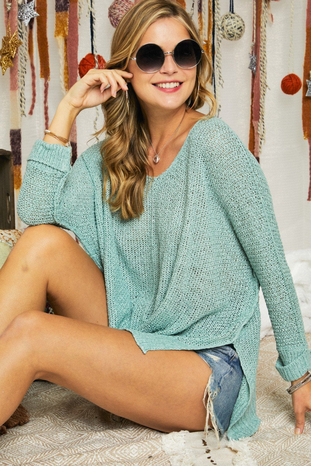 LAST CALL O/S | Solid Round Neck Sweater in Mint Green