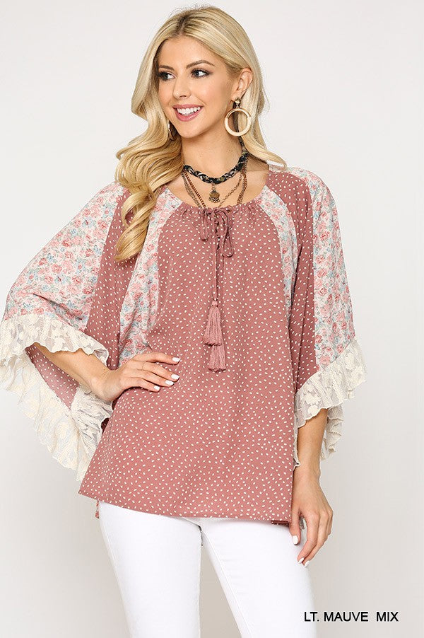 Floral and Lace Peasant Top in Light Mauve