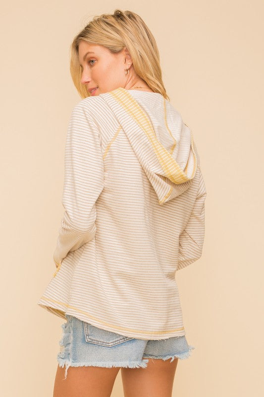 LAST CALL SIZE M | Striped V-Neck Hoodie in Taupe/Yellow