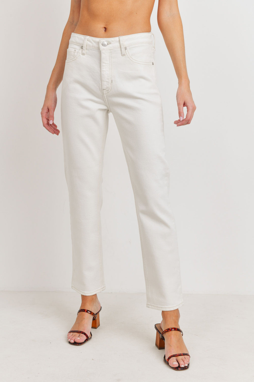 Natural Straight Jeans in Off White