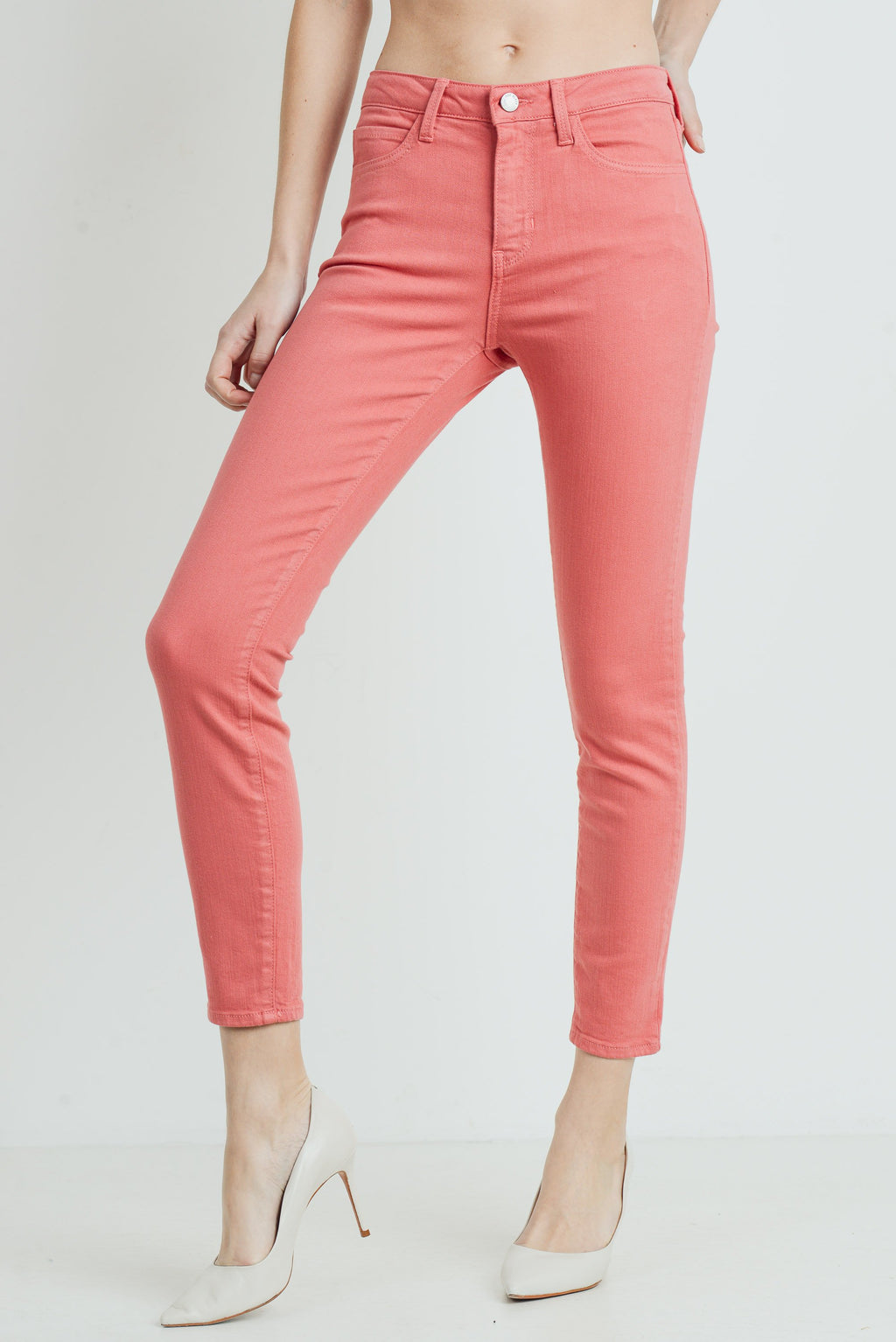 Classic Skinny Jeans in Strawberry Front