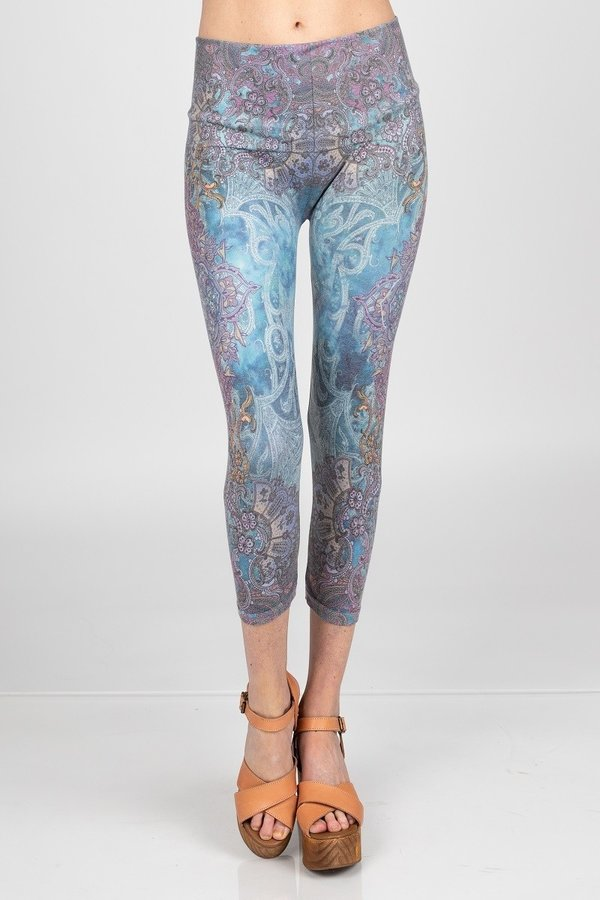 LAST CALL OS | Mandala High Waist Crop Leggings