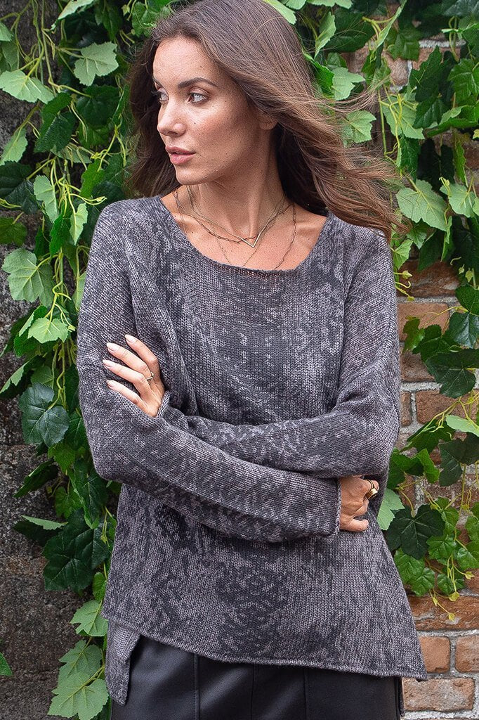 LAST CALL SIZE M/L | Snake Print Lightweight Tunic Sweater