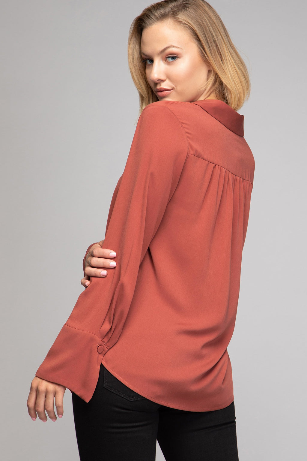 LAST CALL SIZE M | Collared Long Sleeve Blouse with Flare Sleeves in Blush