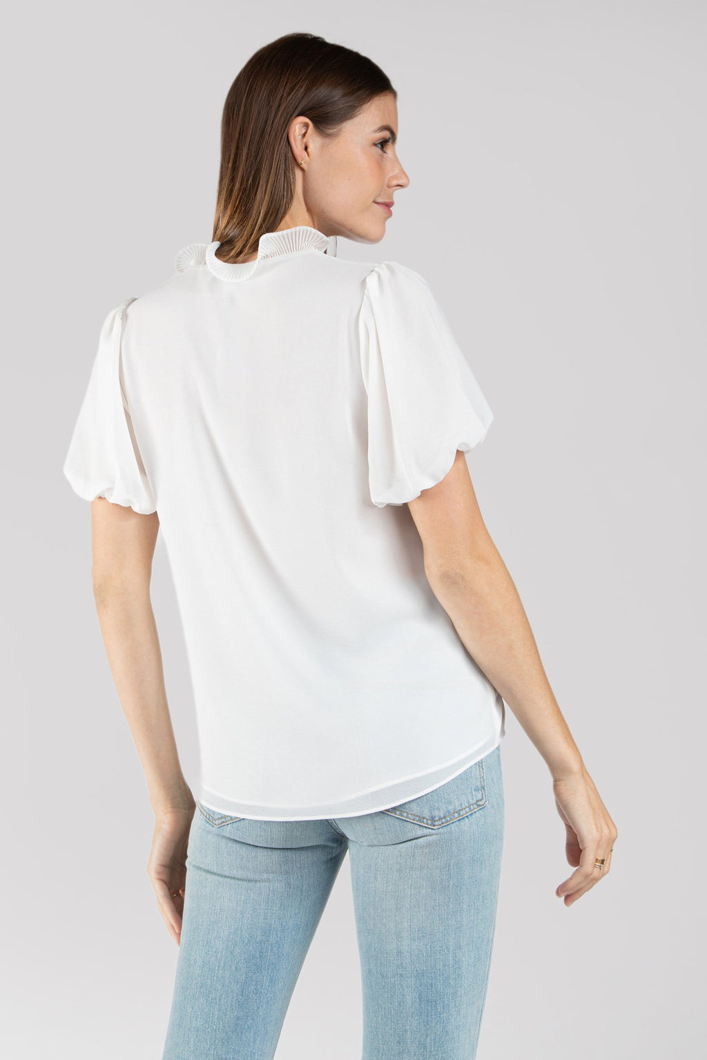 Ruffle Collar Blouse Short Sleeve Blouse in Off White