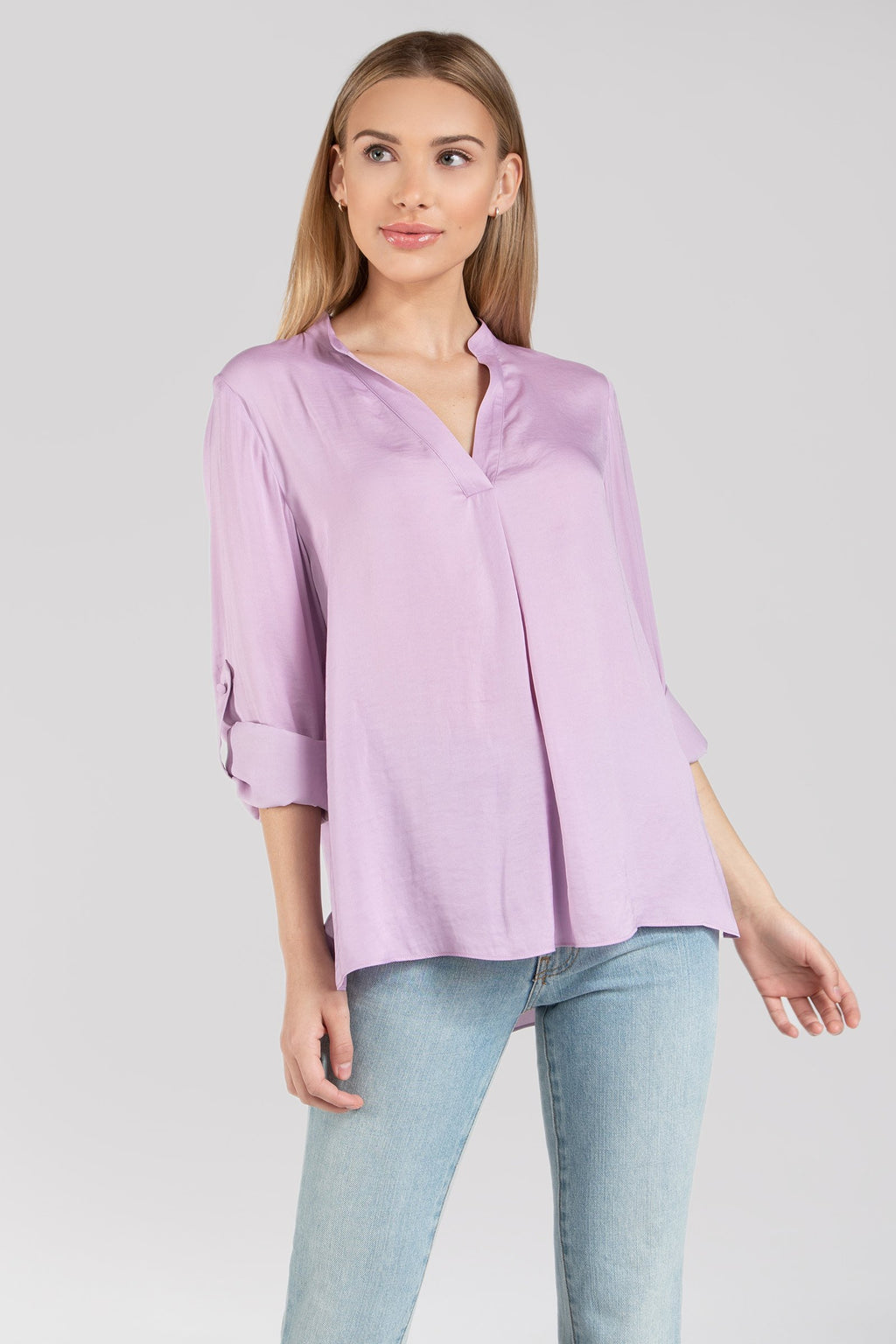 LAST CALL SIZE L | Short Collared Long Sleeve Blouse in Lavender