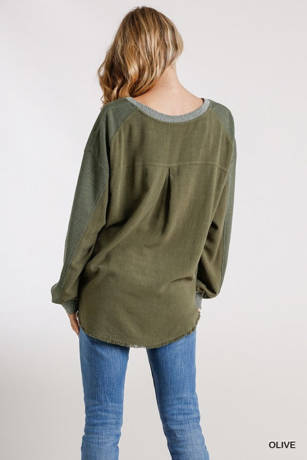 LAST CALL SIZE L | Olive Green Distressed Pullover