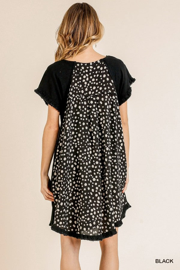 LAST CALL SIZE L | Spotted Back Short Sleeve Dress in Black