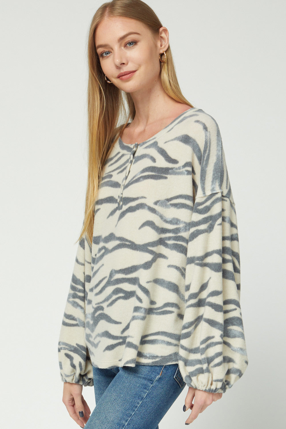 LAST CALL SIZE S | Zebra Print Long Bubble Sleeve Lounge Top