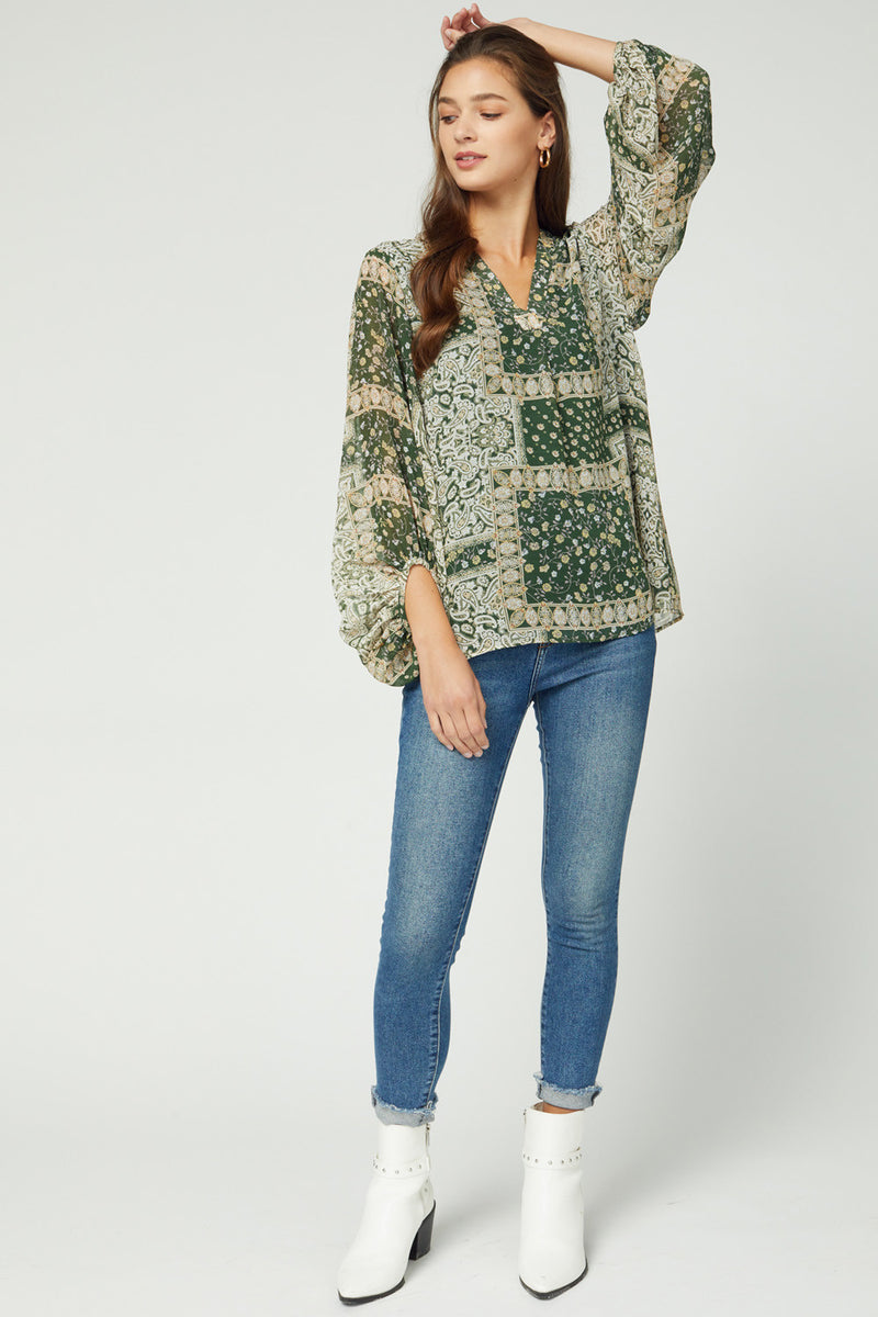 Long Sleeve Printed Blouse in Green