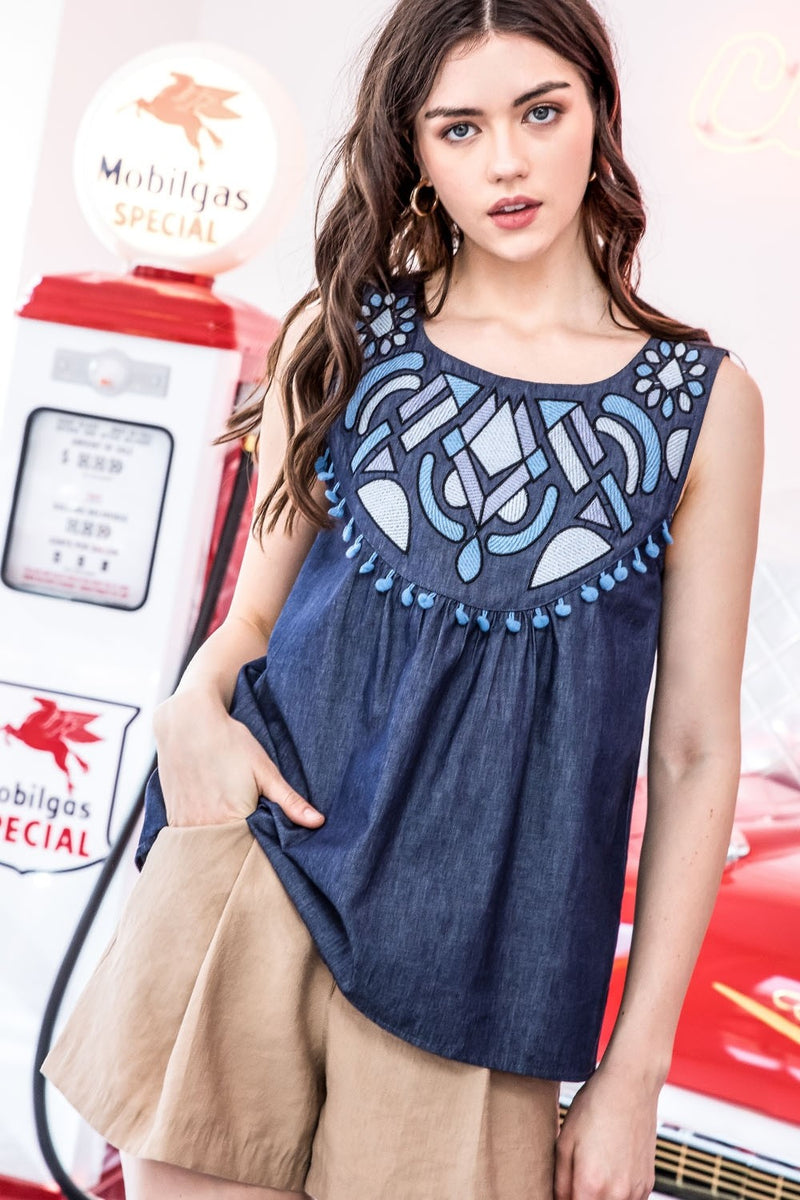 LAST CALL SIZE S | Sleeveless Embroidered Chambray Top