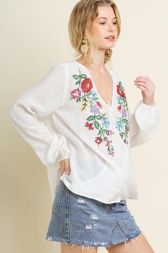 LAST CALL SIZE M | Embroidered Flower Peasant Blouse