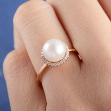Load image into Gallery viewer, Classic Simulated Pearl Ring