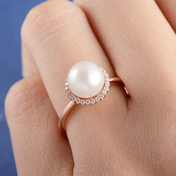 Classic Simulated Pearl Ring