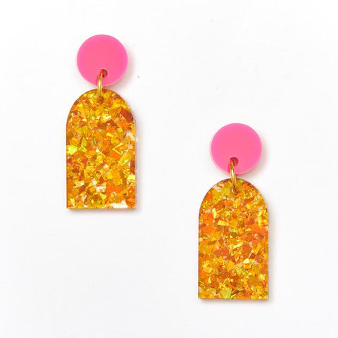 Arc Earrings / Magenta Amber