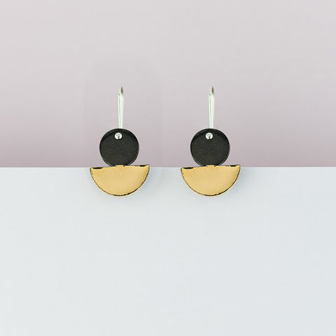 Float Earrings / Black