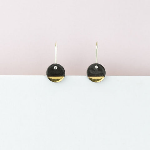 Spot Earrings / Black
