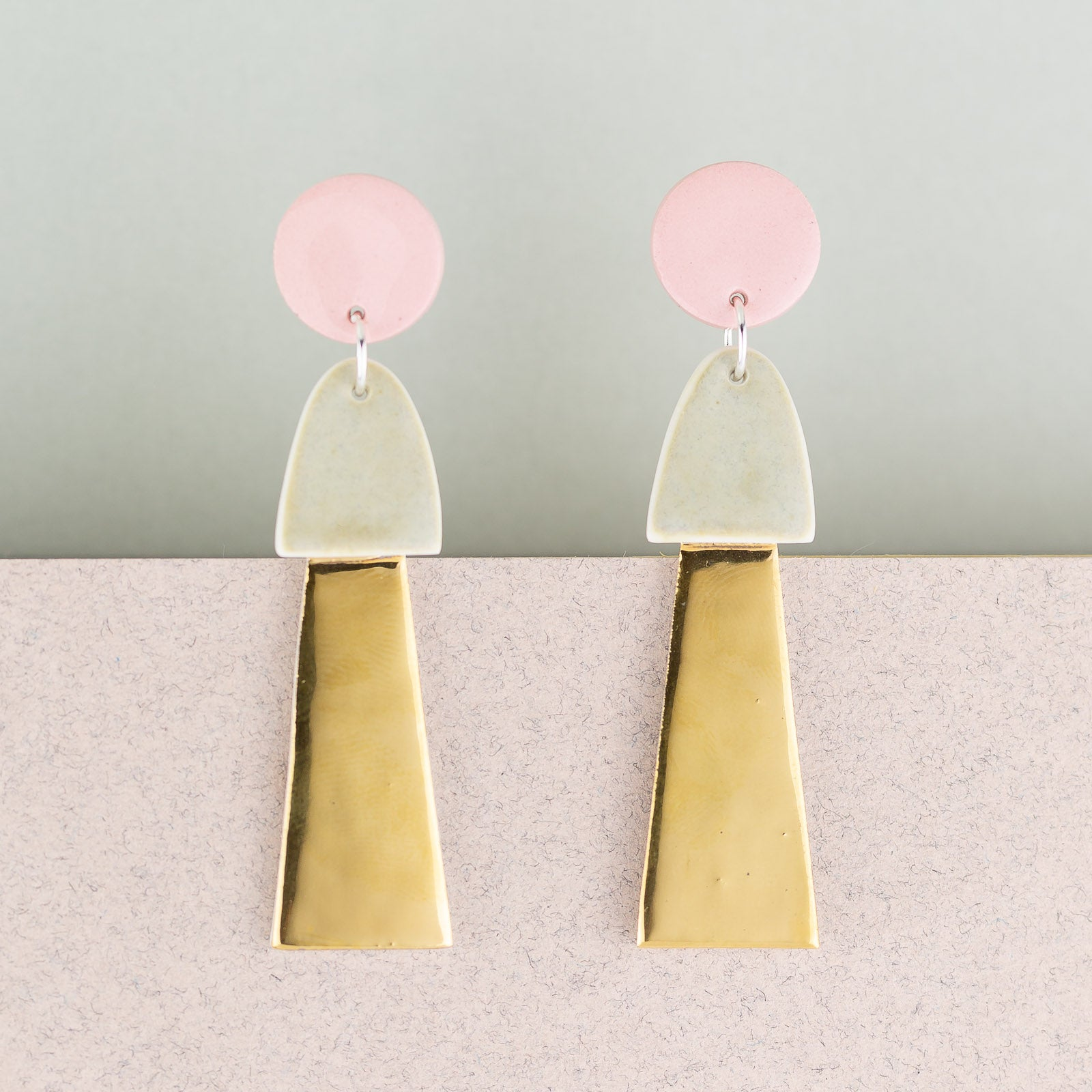 Big Tassel Earrings / Pink