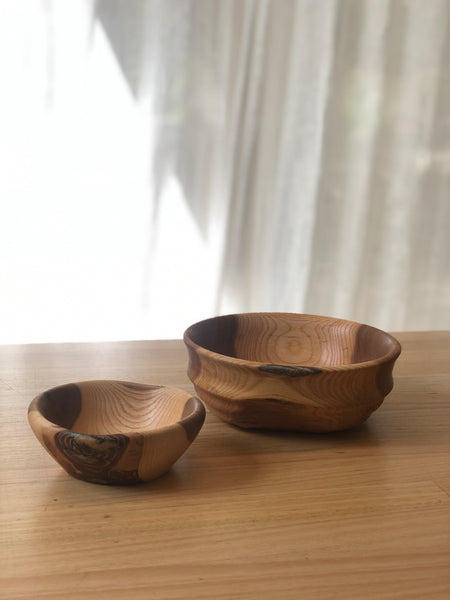 Handcrafted Elm Bowl / Small