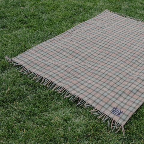 All Weather Adventure Blanket / Hunter
