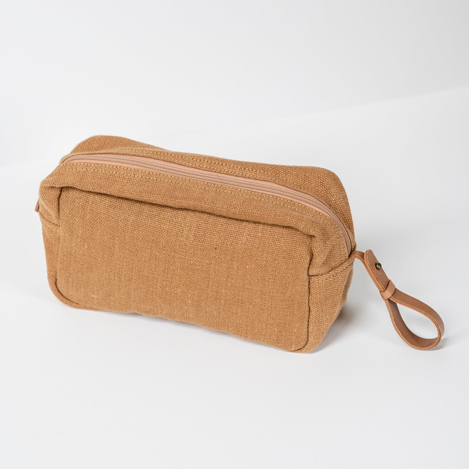 Toiletry Bag / Camel